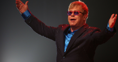 Elton John recovering from rare infection.