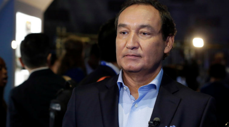 Oscar Munoz_ The chief executive of United Airlines Won't Get Promotion.